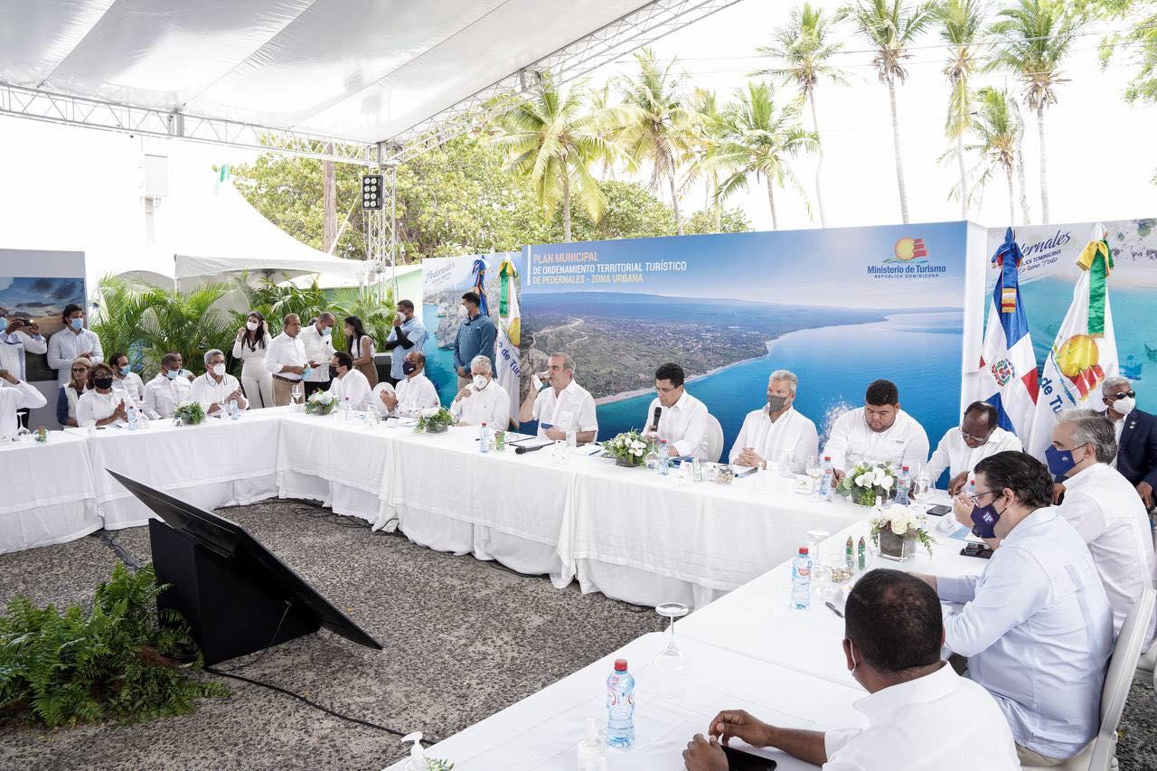 Presidente Luis Abinader, presentamos el Plan de Ordenamiento Territorial Turístico en Pedernales
